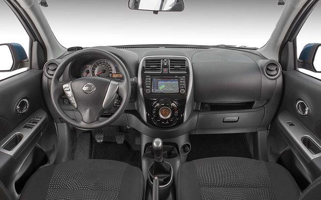 Novo Nissan March 2016 - Interior