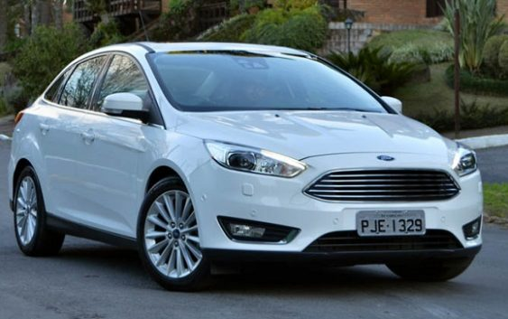 Novo Focus Fastback 2017, a versão Sedan da Ford